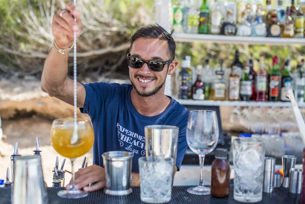 cocktail barman for hire